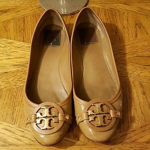 Tory Burch patent leather ballet flats. 9.5